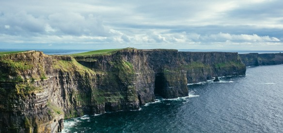 cliff-of-moher-2371819_1280