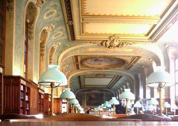 1200px-Salle_Saint-Jacques_(Bibliothèque_de_la_Sorbonne)