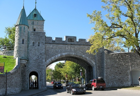 1024px-Quebec_City_Wall