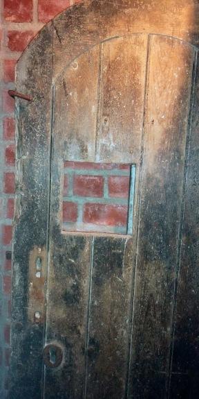 q wooden door